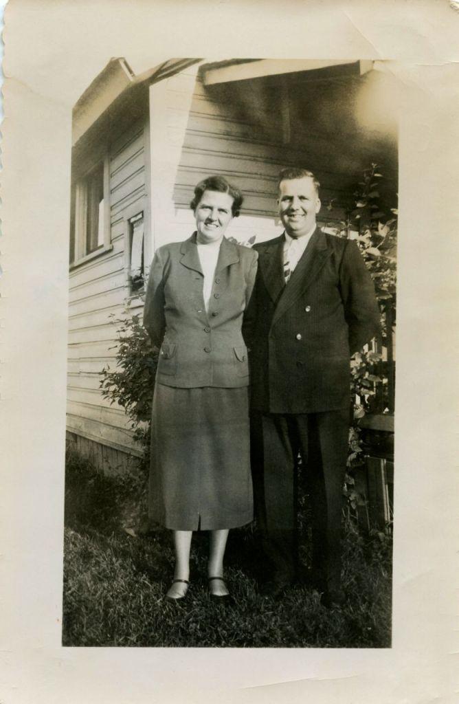 C J & Jeanne McKnight